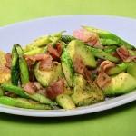 NHKきょうの料理はアスパラベーコンとアボカド炒め・新じゃがと豚バラの煮っころがし・フライドにんじんレシピ!
