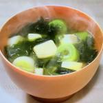 NHKきょうの料理ビギナーズは豆腐とわかめのみそ汁・油揚げとたまねぎのみそ汁レシピ!